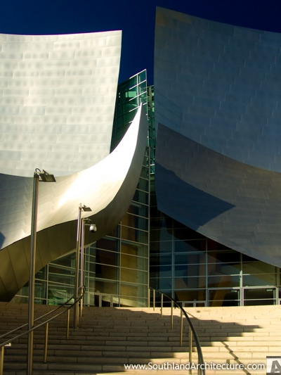 Photo of Walt Disney Concert Hall in Los Angeles, California