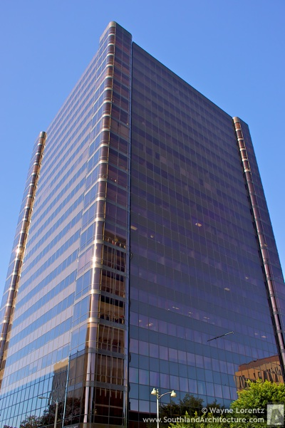 Photo of One Park Plaza in Los Angeles, California